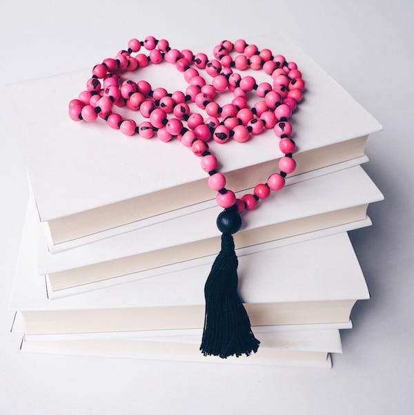 Yogabücher fürs Herz: Das sind meine liebsten Yoga Bücher