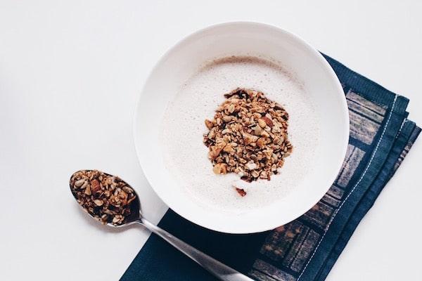 Selbstgemachtes Müsli mit Chai Geschmack